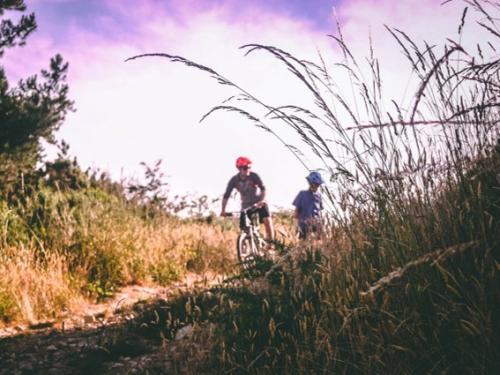 A pied et à vélo aux portes de l'Ardenne